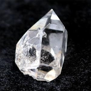 【サイズ】約25mm×17mm×13mm 重さ約7.1g【素材】 ハーキマーダイヤモンド【産地】アメ...