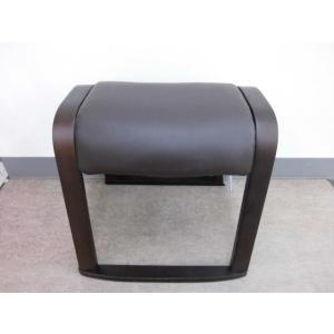 【完売】スツール4脚セット(ブラウン色)送料無料(沖縄・離島不可)スタッキングチェア(重ねられます)椅子 いす イス  完成品|fourleaf