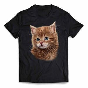 年中使える定番半袖Tシャツ。綿の生地が通気性が良く、肌にも優しい着心地です。 プリントは細かなデザイ...