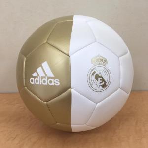 アディダスが提供する19/20シーズン レアル・マドリード公式サッカーボール。 念願の移籍を実現した...
