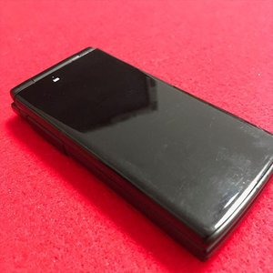 au E10K ブラック ランクC ※お使い頂くには、別途auショップにて[ICカードロッククリア]が必要です|freedom-telwork