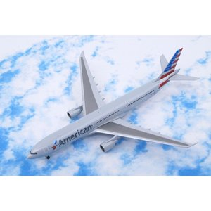 1/500 A330-300 AA アメリカン 新塗装 N270AY[527392]ヘルパ/中古|freestyle-hobby