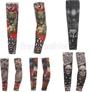 タトゥー柄がインパクト大のアームカバーが登場。 スカルや様々なモチーフのプリントが印象的な、存在感た...