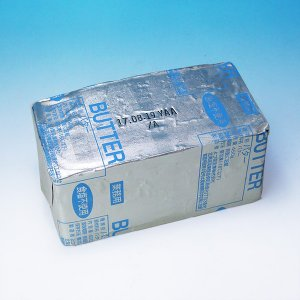 【要冷凍】よつ葉[無塩]バター450g(食塩不使用)[業務用・製菓・製パン用無塩バター]