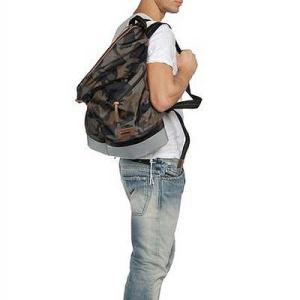 ★DIESEL ディーゼル メンズ バックパック 'Rubber Hub' Backpack(カモフラージュ/シルバー)|fromla