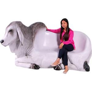 バラモン牛のベンチ FRPアニマルオブジェの商品画像|ナビ