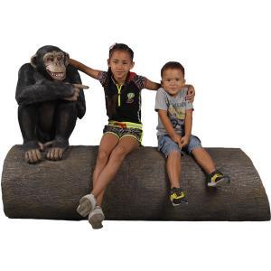 大木に腰掛けるチンパンジー FRPアニマルオブジェ|frps