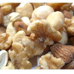 当店人気の4種類のナッツをミックスした商品です。 1.アーモンドロースト(無塩) 2.カシューナッツ...