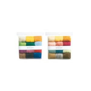 カラフルな羊毛をバランスよくまとめた多色セット。
