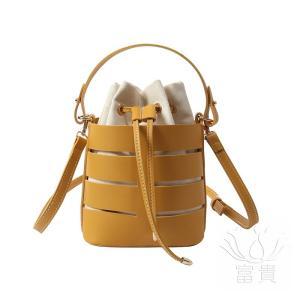 カバン 鞄 レディースショルダーバッグ 手提げバッグ ショルダー 2WAY 通勤  斜め掛け 肩掛け オシャレ アウトドア カジュアル シンプル 無地|fuki-fashion