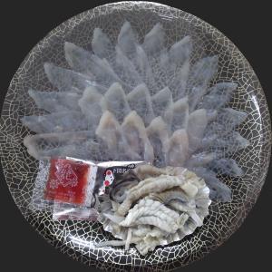 冷蔵便 とらふぐ刺身 25cmプラ皿 2人前 刺身 皮刺し|fukunosato