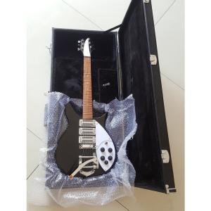 リッケンバッカー スタイル エレキギター 34インチ ホワイトブラック ケースあり 初心者 rick...