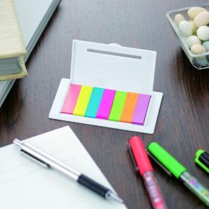 ※名入れできます。お問い合わせください。  7色のカラフルなふせんが書類を彩る。ケースには10cmの...