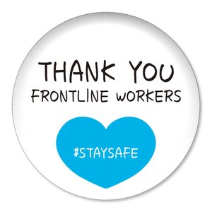 缶バッジ THANK YOU FRONTLINE WORKERS #STAYSAFE ブルーハート小 32mm ピン 【14】介護・医療従事者に感謝缶バッチ 缶バッヂ (ネコポス可)|fun-create
