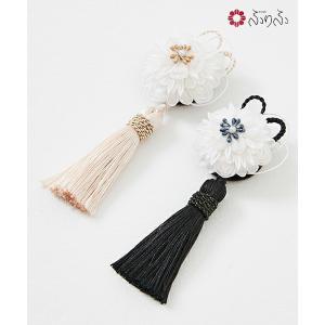 (単品)白珠帯留 大正ロマン 帯留め 帯飾り アクセサリー 菊 和風 和服 小花 アンティーク 風 和装 豪華 レトロ モダン 晴れの日 成人式 卒業式 結婚式 七五三|furifu