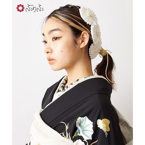髪飾り「mumパールヘッドドレス」 - かんざし 髪飾り ヘアアクセ コーム ヘッドドレス 菊 パール プリーツ 白 シルク 正絹 和装 古典 豪華 レトロ モダン 成人式|furifu