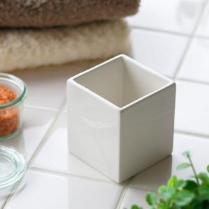 「ホワイトキューブ」ホルダー【陶器 小物入れ コットンボックス 綿棒入れ 収納ボックス 小物収納 小物ケース 容器 おしゃれ かわいい ホテル】