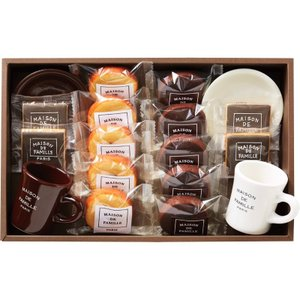 ■商品内容:バームクーヘン(プレーン・チョコ)×各5、アイシングクッキー×4、マグカップ(φ7.5×...
