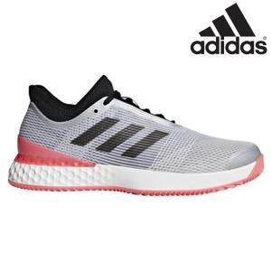 スピードテニスの時代の到来。テニスシューズも進化を遂げる。 アディダスが長年培った技術で開発した、マ...