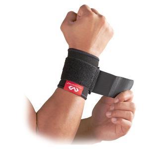 手首を手軽に圧迫サポート。自然なつけ心地のニット素材のサポーター。手首の動きを妨げず、関節をソフトに...