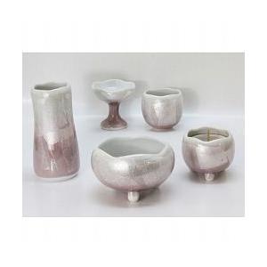 色:さくら色:サイズ:径9cm 陶器の可愛らしい五具足セットです。◇五具足:香炉(お線香立)・花立・...