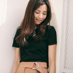 トップス シャツ Tシャツ 半袖 バックリボン カジュアル ゆるかわ 背中見せ デート ブラック ホワイト ピンク 韓国 セクシー g-c