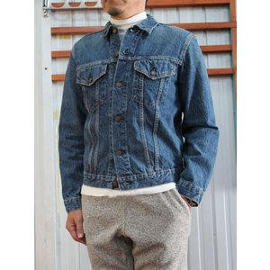 Levi'sの名作、3rdタイプのデニムジャケットをベースに、orslowオリジナルの13.5オンス...