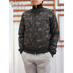 FRED PERRY(フレッドペリー) FRED PERRY  フレッドペリーJ1517 Camo Print Trac Jacket  Camo Black|gaku-shop