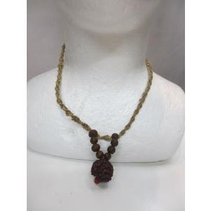 エスニックネックレスアジアン、ネパール製の手作り商品、HEMPを編んだヒモに菩提樹の実、金具はいっさ...