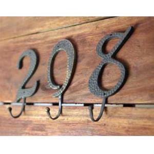 数字ハンガーフック (0ゼロ〜9まで) 真鍮製。部屋番号やラッキーナンバーなど gardens