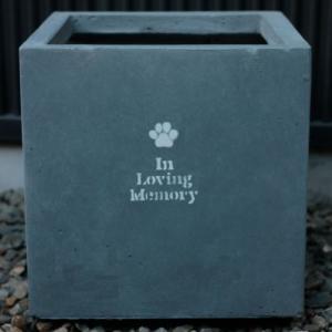 プランター葬・ペット供養に・シルエットが選べるメモリアルプランター (あなたを偲んで) (Z-PM03)|gardens