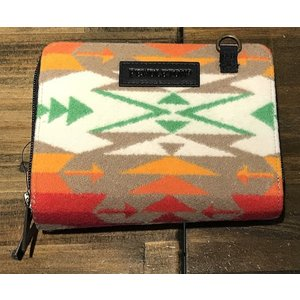 PENDLETON Wallet on a Strap GD150 54453 Tucson Khaki garretstore