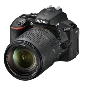 Nikon デジタル一眼レフカメラ VR レンズキット ブラ...