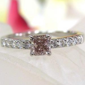 ■材質/プラチナ(Pt900)  ■ピンクダイヤ/0.522ct ■ダイヤモンド/0.20ct ■総...