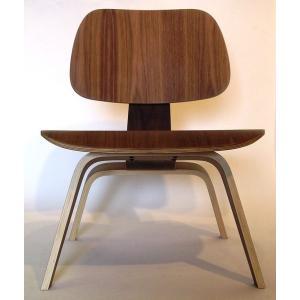 (保証付き)チャールズ・レイ・イームズ LCW ラウンジチェア ウォールナット kaw-ch4059wal/椅子/イス/isu/チェアー/chair/の写真