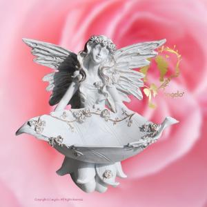 天使アロマポット 小物入れやアクセサリー置きに      サイズ  サイズ:高さ16.0cm 幅22...