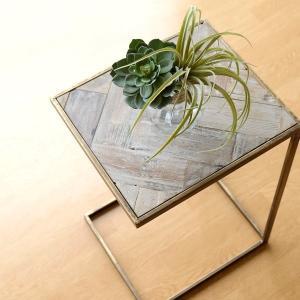サイドテーブル コの字 おしゃれ アイアン 木製 シャビー アンティーク ソファー ベッド ナイトテーブル アイアンとレトロウッドのテーブルスタンド|gigiliving