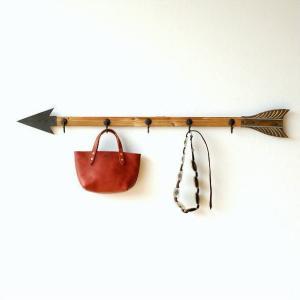 壁掛けフック ロング ウォールフック 5連 ブリキ 木製 玄関 デザイン おしゃれ 帽子掛け キーフック 矢の壁掛ロングフック|gigiliving
