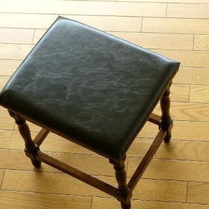 ドレッサー用椅子 いす イス チェア アンティーク おしゃれ 木製 オークドレッサースツール|gigiliving