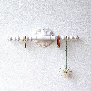 ウォールハンガー アクセサリーハンガー 壁掛け 収納 ウォールバー おしゃれ かわいい 白 ロココ調 レトロ アンティーク アクセサリーウォールハンガー|gigiliving