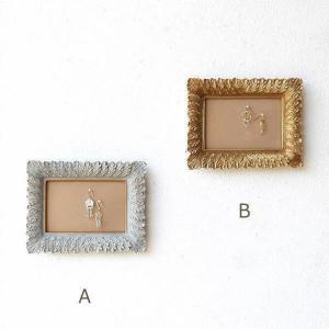 壁飾り アンティーク レトロ フレーム ピンクッションボード おしゃれ アクセサリー ディスプレイ 飾る 壁掛け インテリア アクセサリーフレームM 2カラーの写真
