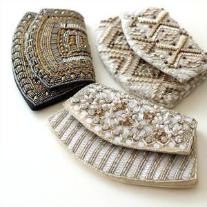 ビーズ刺繍が施された インドからやって来た布製の小物 手仕事ならではの温かみと 細やかな装飾が見事で...