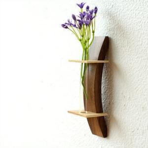 一輪挿し 木製 おしゃれ 壁掛け 花瓶 花びん インテリア 花器 ガラス管 試験管 天然木 デザイン フラワーベース moon-1 壁掛け一輪挿し|gigiliving