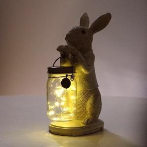 キラキラ光るボトルを抱えた 紳士な動物たち 玄関やお庭のキュートな案内役です  人気の動物たちが 夜...