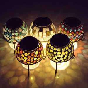 ソーラーライト おしゃれ 置き型 モザイクガラス ランプ かわいい 可愛い ソーラーモザイクガーデンライト5カラー|gigiliving