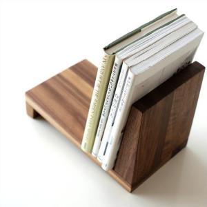 ナチュラルな天然木の使用で シンプルなデザインと無垢の温もり、 機能性を持ったお勧めのインテリアです...