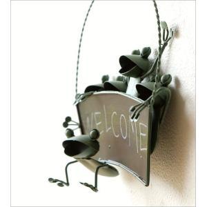 カエル 壁掛け 吊り下げ 置物 玄関 ブリキ グッズ 雑貨 オブジェ サイン Welcome おしゃれ かわいい インテリア ブリキのカエル ウェルカムハンギング|gigiliving|02