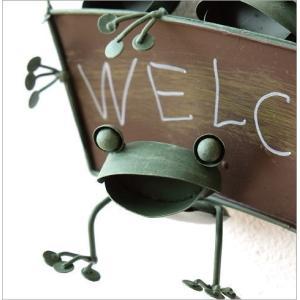 カエル 壁掛け 吊り下げ 置物 玄関 ブリキ グッズ 雑貨 オブジェ サイン Welcome おしゃれ かわいい インテリア ブリキのカエル ウェルカムハンギング|gigiliving|04