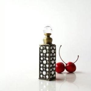 香水瓶 パフュームボトル 香水入れ アンティークゴールドのパフュームボトル A