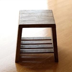 スツール 木製 椅子 アンティーク レトロ シンプル おしゃれ 木 玄関 リビング 家具 花台 踏み台 収納 棚付き サイドテーブル シャビーシックなデコスツール|gigiliving